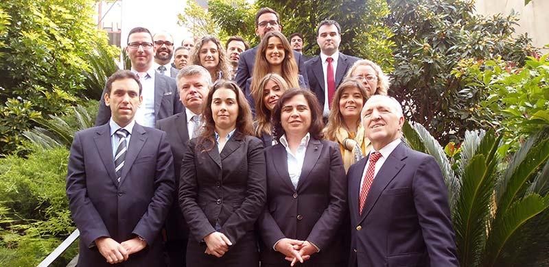 A Equipa do DIZ & Associados, SROC, Lda